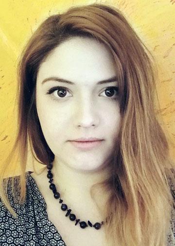 Евгения Попова